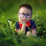 【赤ちゃんの寄り目】2歳半で調節性内斜視(遠視)に気づくまで